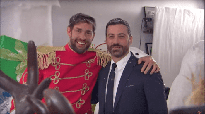 la-et-mg-john-krasinski-jimmy-kimmel-prank-war-christmas-yard-sale-20151216