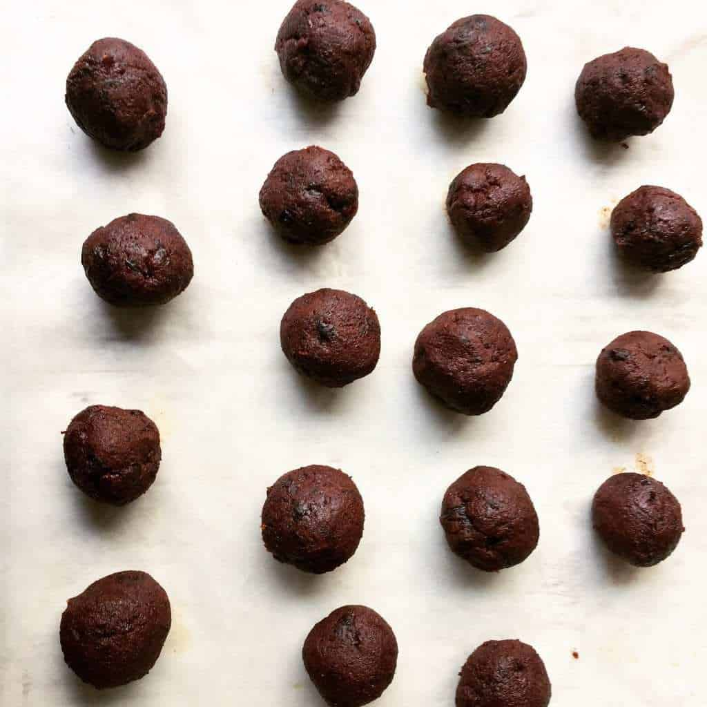 christmas-pudding-truffles-4